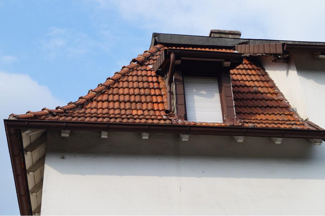 Alte Dachgaube